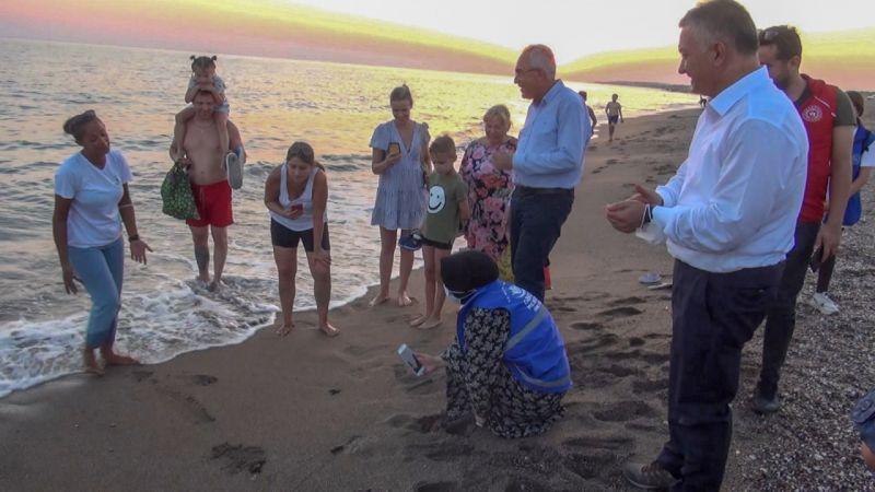Manavgat'ta 80 bin yavru caretta caretta denizle buluştu