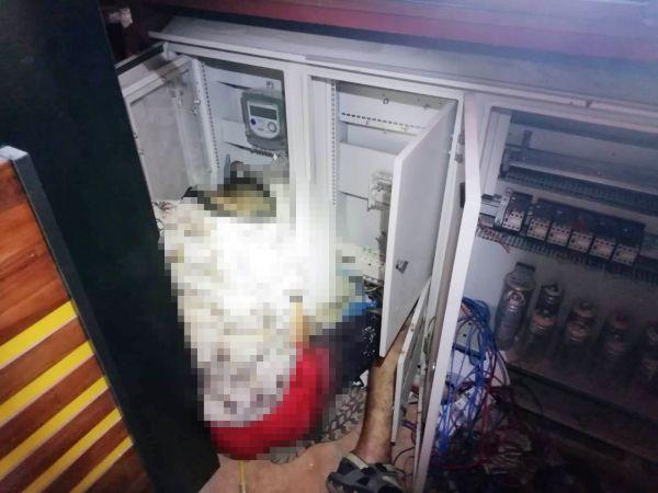 Kablo hırsızlığı için girdiği iş yerinde akıma kapılıp öldü