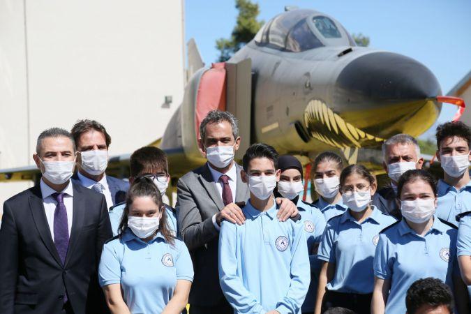Bakan Özer: 198 sınıf yüz yüze eğitime kaldığı yerden devam ediyor (3)