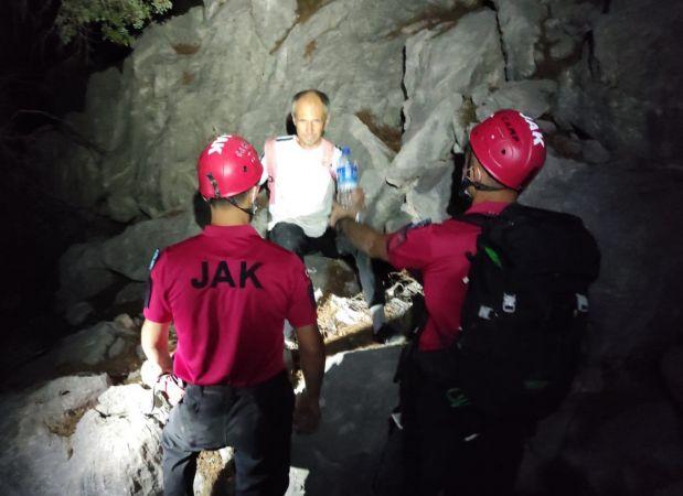 Antalya'da kaybolan Litvanyalı turist, dağlık alanda bulundu