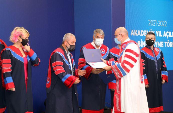 MAKÜ'de yeni akademik yıl açılışı