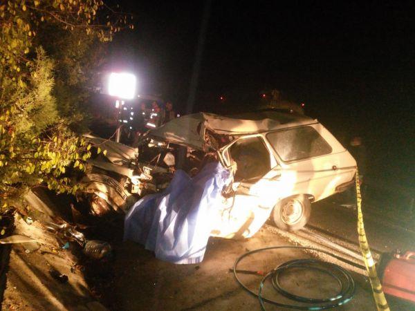 Burdur'da TIR ile çarpışan otomobil sürücüsü öldü
