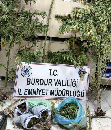 Burdur'da uyuşturucu operasyonu: 2 gözaltı