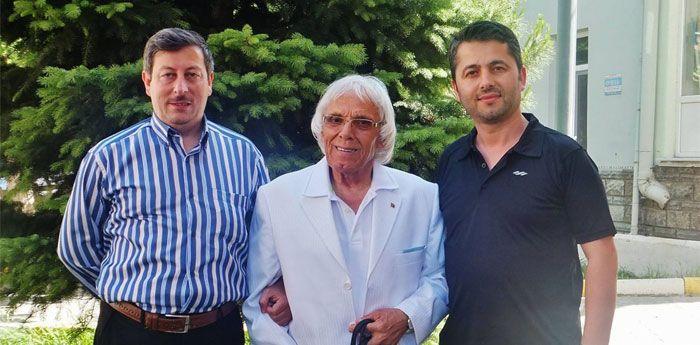 Balkanların Müezzini Nadi Ersoy