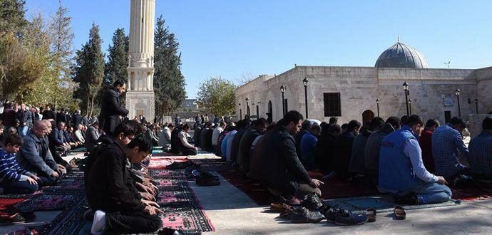 Nusaybin'deki Zeynel Abidin Camii İbadete Açıldı