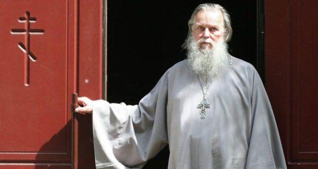 Papaz Nikah Kıyar Ama Müftü Kıyamaz