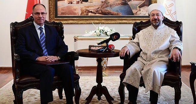 Başkan Erbaş Filistin Büyükelçisini Kabul Etti