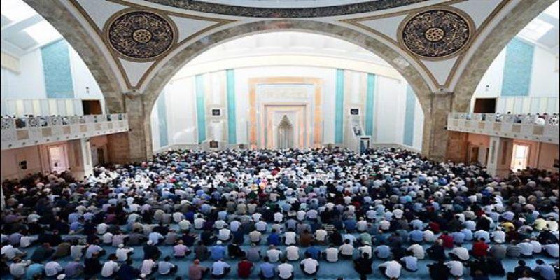 Cuma Hutbesi: Kur'an ve Sünnet