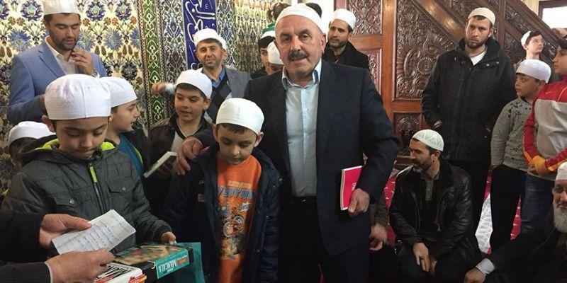 Asım'ın Nesli Yeni Cami'de Buluştu