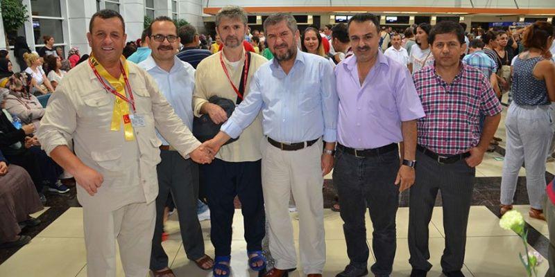 Antalya İlk Hac Kafilesini Uğurladı