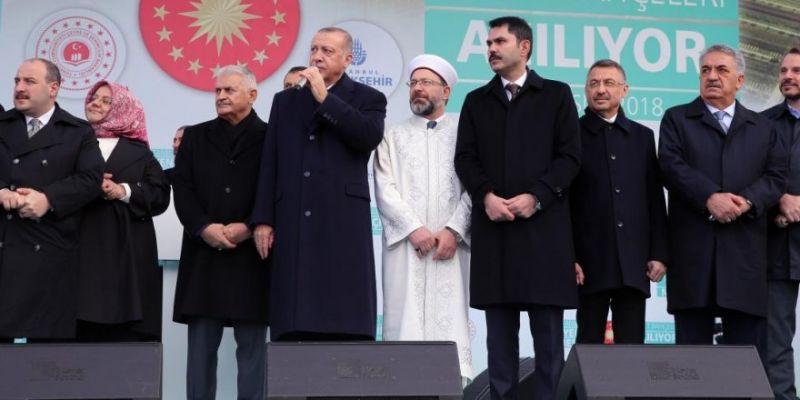 Başakşehir Camii İbadete Açıldı