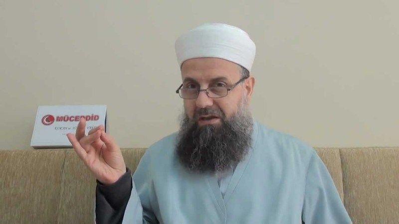 Ali Kara Hoca koronavirüs sebebiyle vefat etti