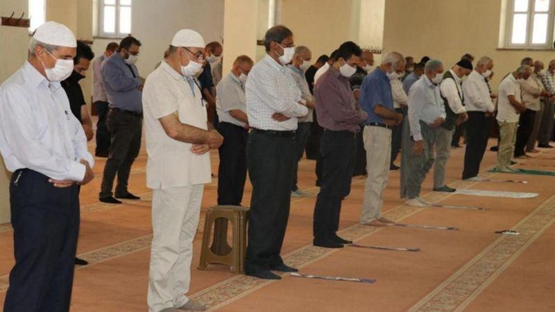 Camilerde toplu ibadet dönemi başlıyor