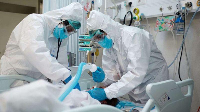 Fransa'da son 24 saatte 37 binden fazla Covid-19 vakası tespit edildi