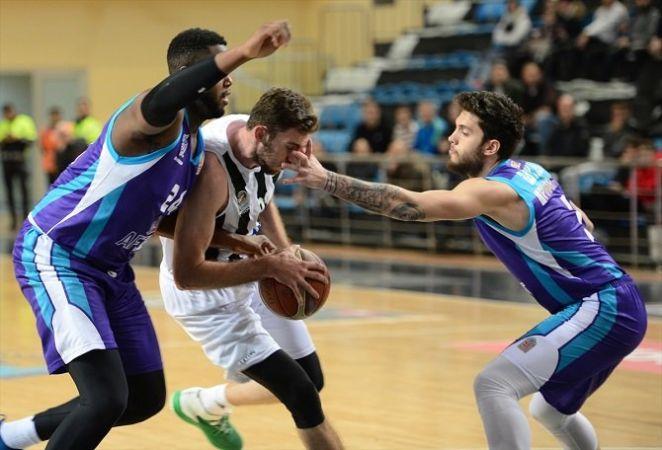 Baskette hezimet 57-93