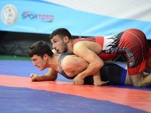 500 sporcu şampiyonluk için Sakarya'da