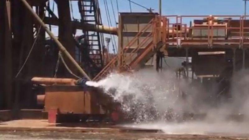 Karapürçek'te kaynar su iki işçiyi yaktı
