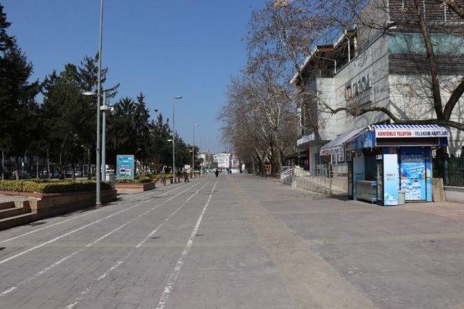 Boş sokaklar