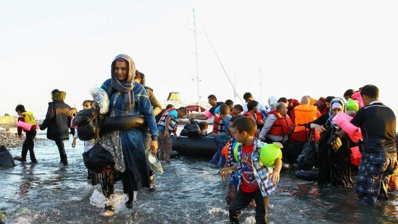 Özkoç'tan mültecilere ajan benzetmesi
