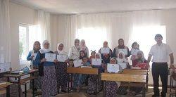 Kuran Kursu öğrencileri başarı belgesi aldı