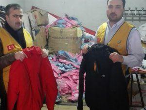 İyilik-Der'den 5 bin çocuğa kışlık yardım