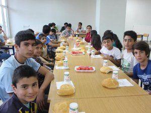 Ekinözü Belediyesi, yetimleri iftar sofrasında ağırladı