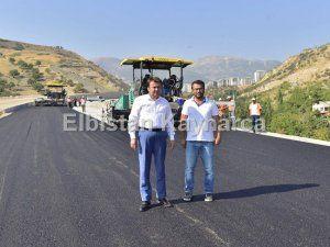 Şehre vizyon katacak bulvarda asfalt çalışmaları başladı