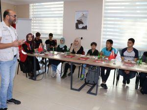 Suriyeli Öğrencilere Gazetecilik Eğitimi
