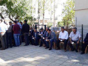 Nurhak Müftülüğü vatandaşlara aşure ikram etti
