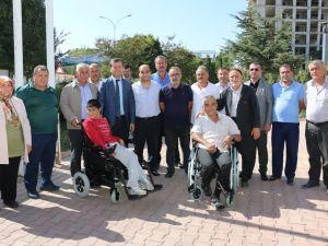 Engelli Vatandaşlara Akülü Sandalye