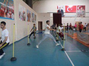 Gençlik Merkezi'nin parkuru eğitimleri devam ediyor