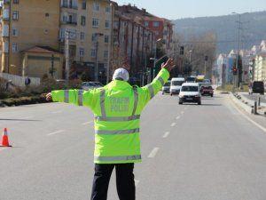 Polisten 'Drift' atan 2 aracın sürücüsüne 10 bin lira ceza