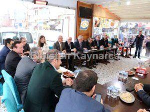 Ünal, İzmir'deki Kahramanmaraşlılar ile buluştu