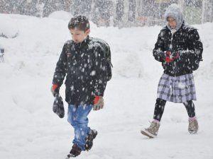 Elbistan'daki okullara kısmi kar tatili