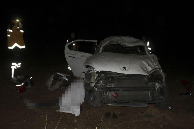 Kahramanmaraş'ta otomobil şarampole devrildi: 1 ölü, 1 yaralı