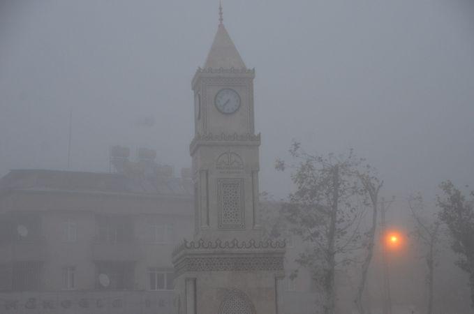 Kahramanmaraş'ta yoğun sis etkili oluyor