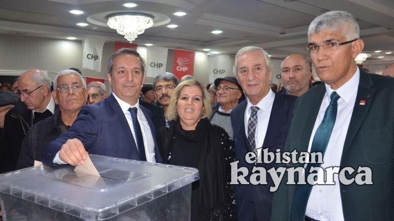 CHP'de Başkan Arslan güven tazeledi