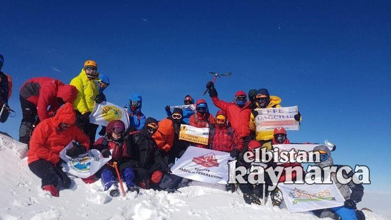 Elbistanlı dağcılar, Süphan Dağı'na tırmandı