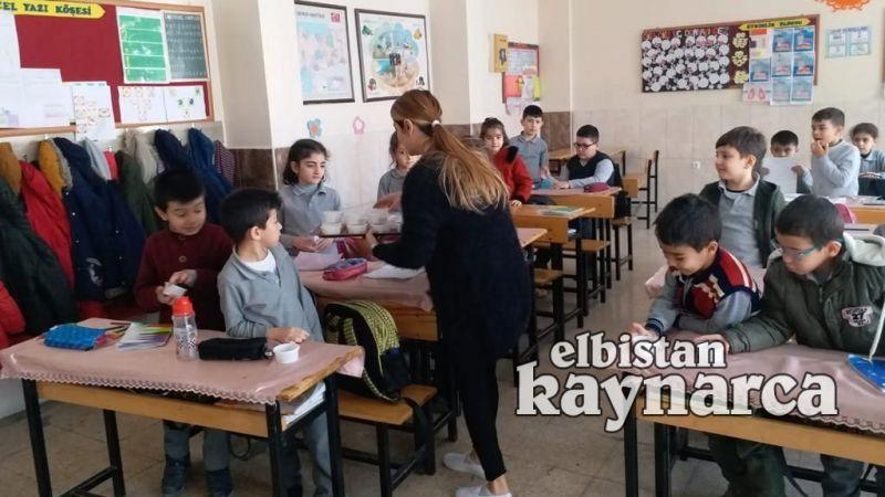 TOKİ İlkokulu'nda milli mücadelenin 100.yılı etkinliği