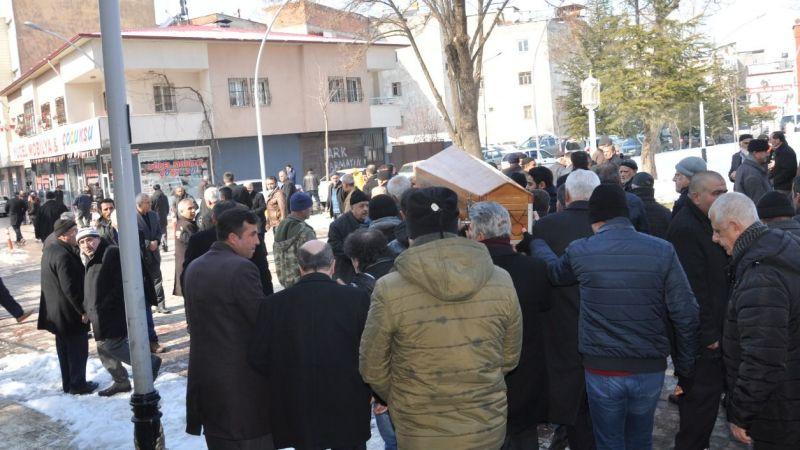 Gazeteci Foto 73 Cevdet Temel, son yolculuğuna uğurlandı