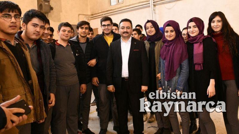 Elbistan Belediyesi'nden üniversite adaylarına büyük destek