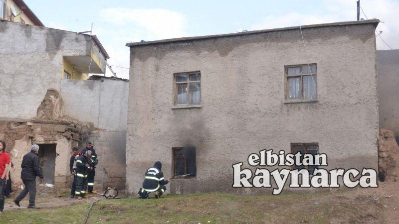 Kerpiç evde çıkan yangın, itfaiyenin müdahalesi ile söndürüldü