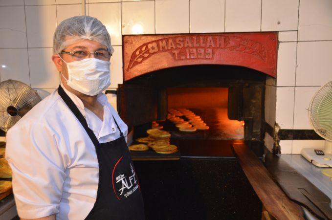 """Tescilli """"Maraş çöreği"""" bayram sofraları için hazır"""