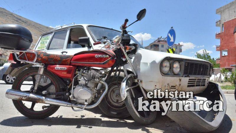 Motosiklet, otomobile ok gibi saplandı: 1 yaralı