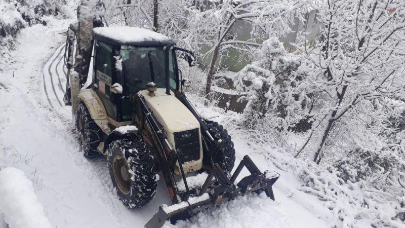 Kahramanmaraş'ta kar nedeniyle 130 mahalle yolu ulaşıma kapandı