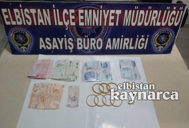 Yaşlı adamın 250 bin TL'lik ziynet eşyasını çalan kadın yakalandı