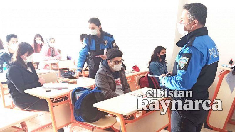 Toplum Destekli Polis öğrencileri bilgilendirdi