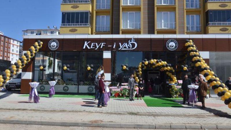 Keyf-i Yad Kahvesi'ne görkemli açılış