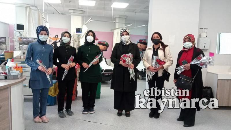 AK Parti'den Hemşireler Günü jesti