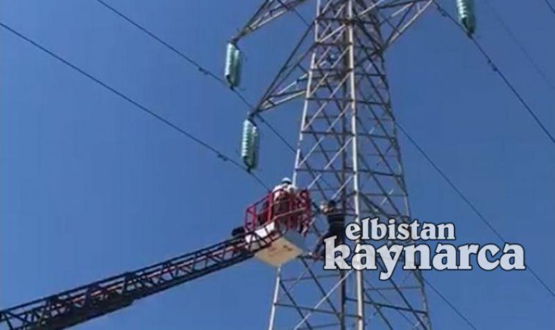 150 bin voltluk akımın geçtiği direğe tırmanınca yürekleri ağızlara getirdi